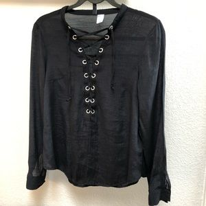 🔴H&M lace up sheer blouse